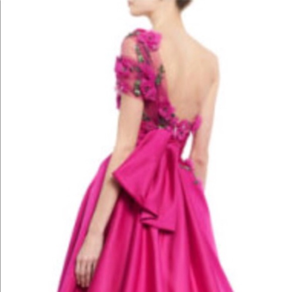7232719ffdd3 Marchesa Dresses | Gown | Poshmark